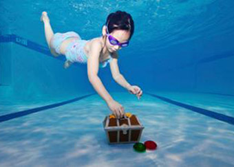 undersea treasure chest really cool pool stuff